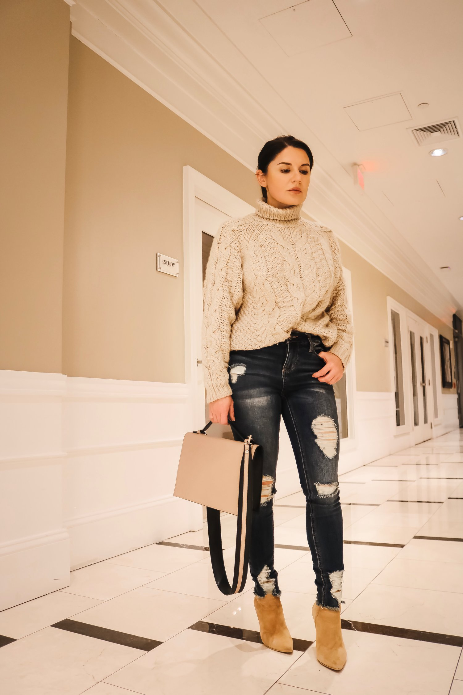 Isabel-Alexander-casual-outfit