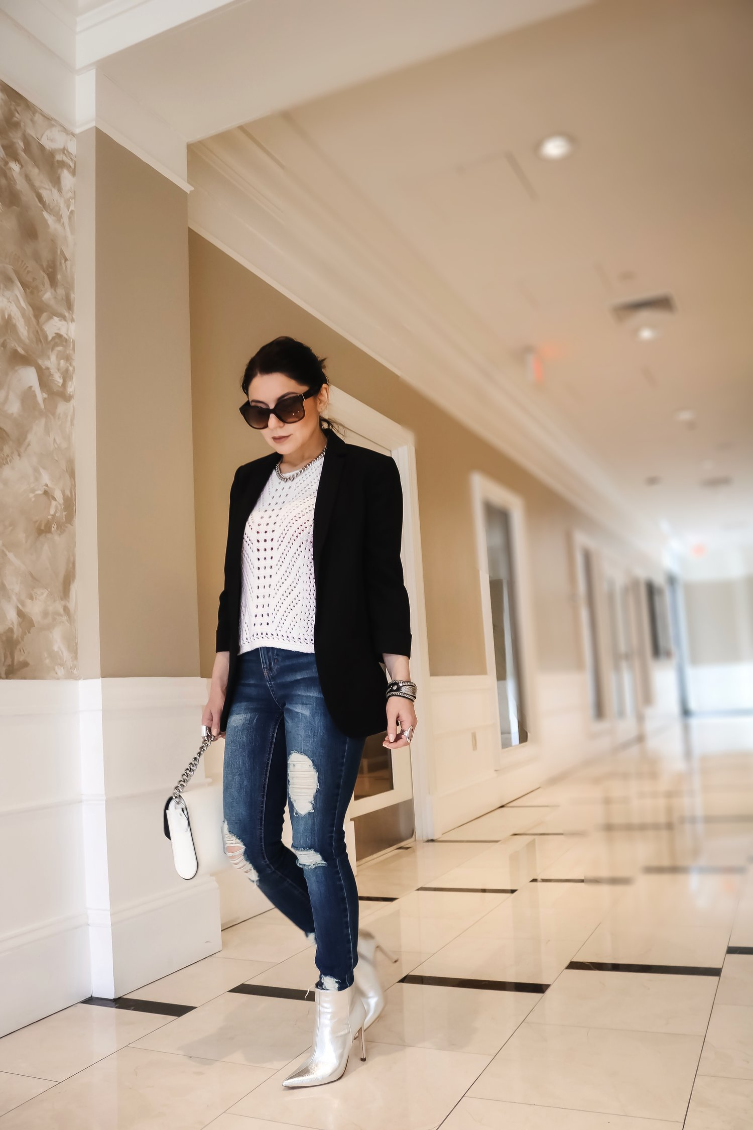 Daytime-streetstyle-silver-boots