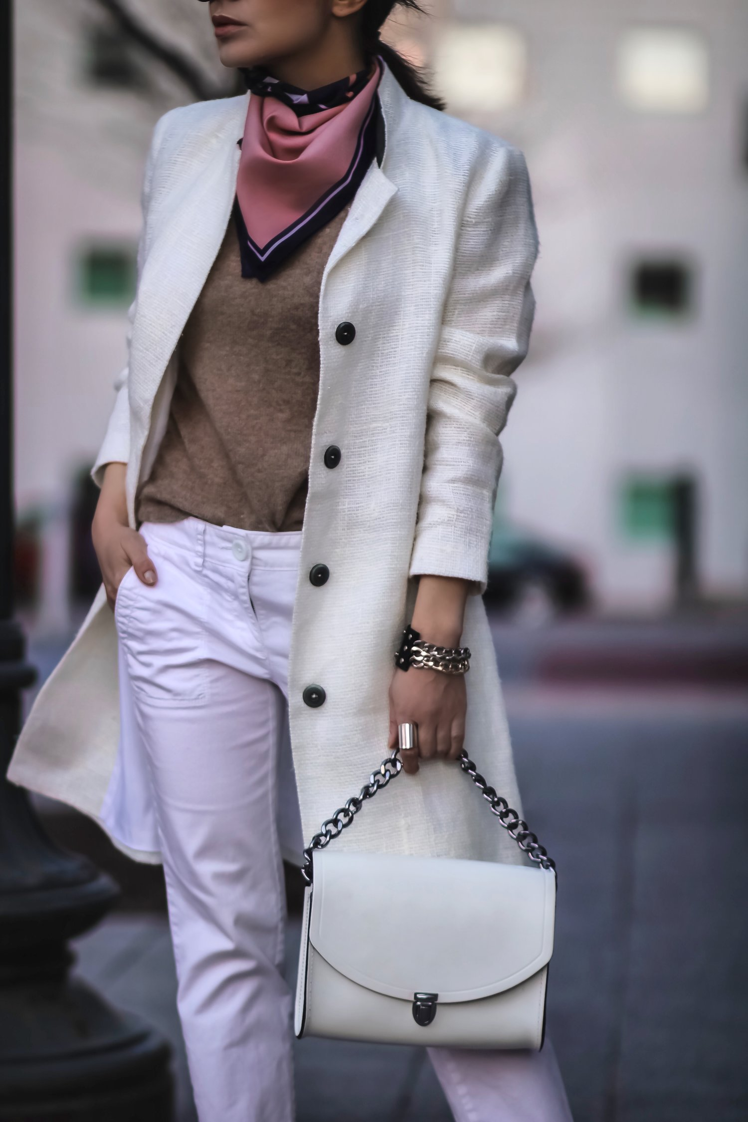 Isabel-Alexander-all-white-spring-2018-outfit-LOFT