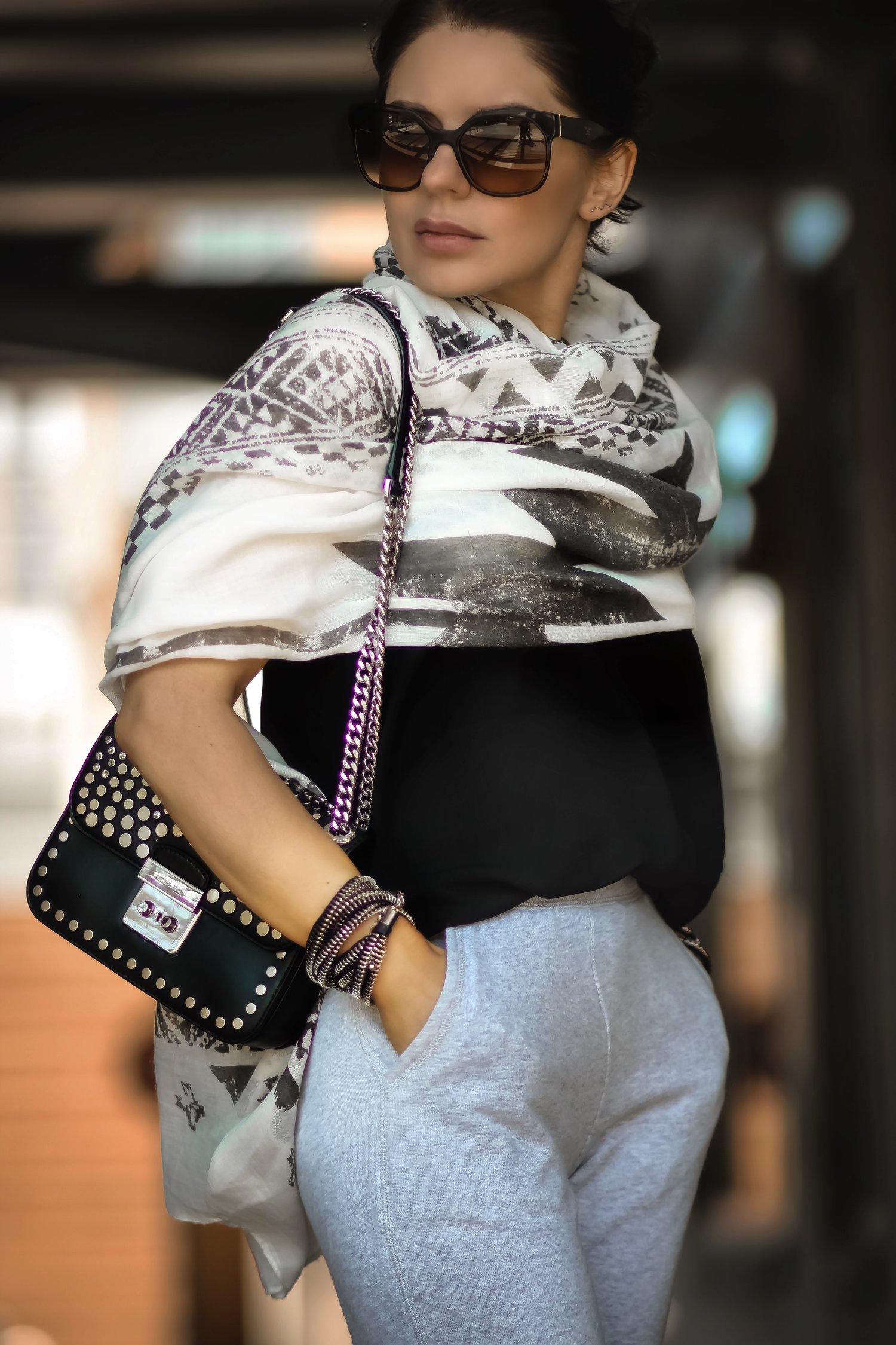 Isabel-Alexander-Michael-Kors-studded-bag-white-scarf
