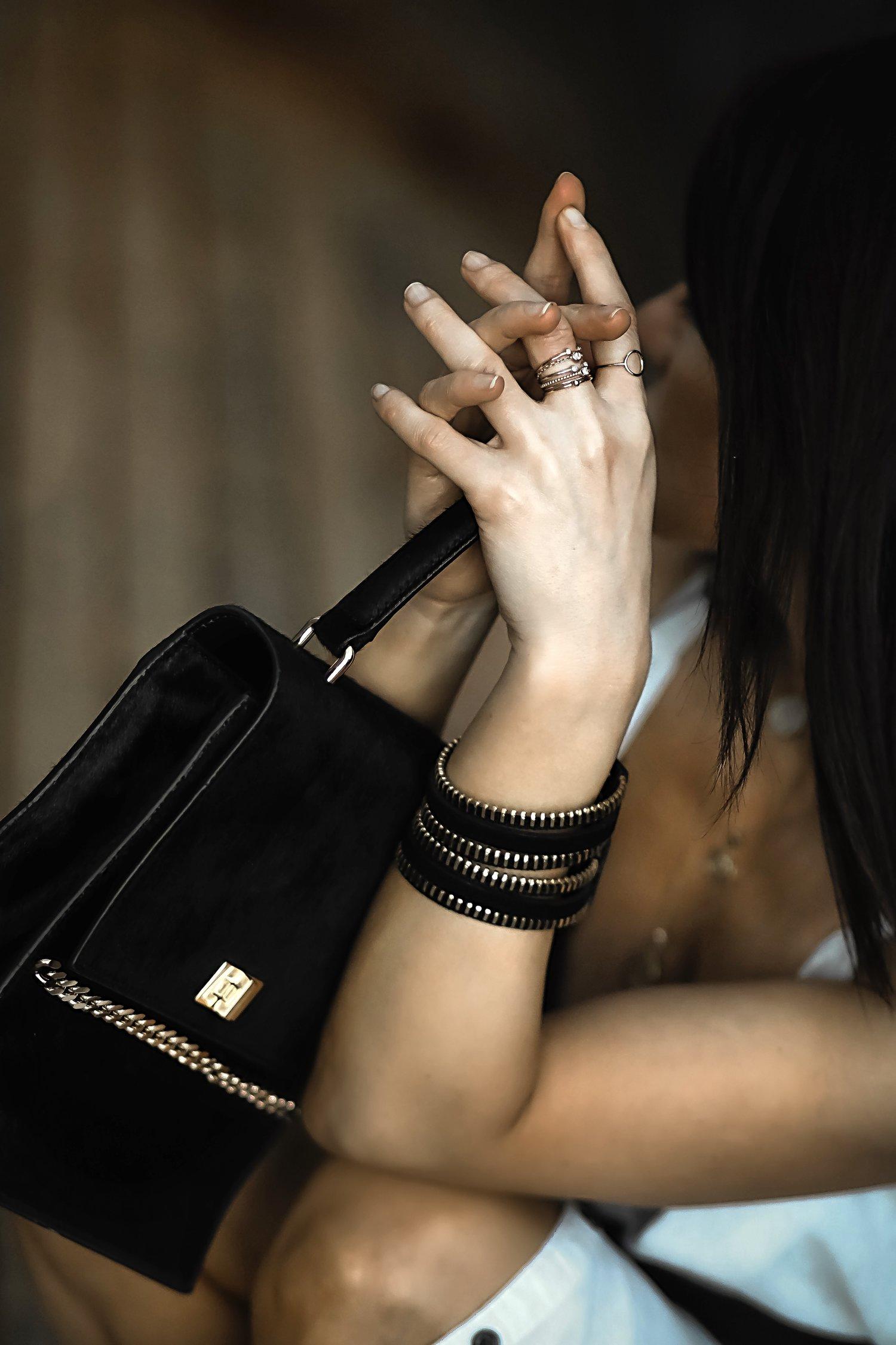 Isabel Alexander Staking Mejuri 14K chain fine rings set