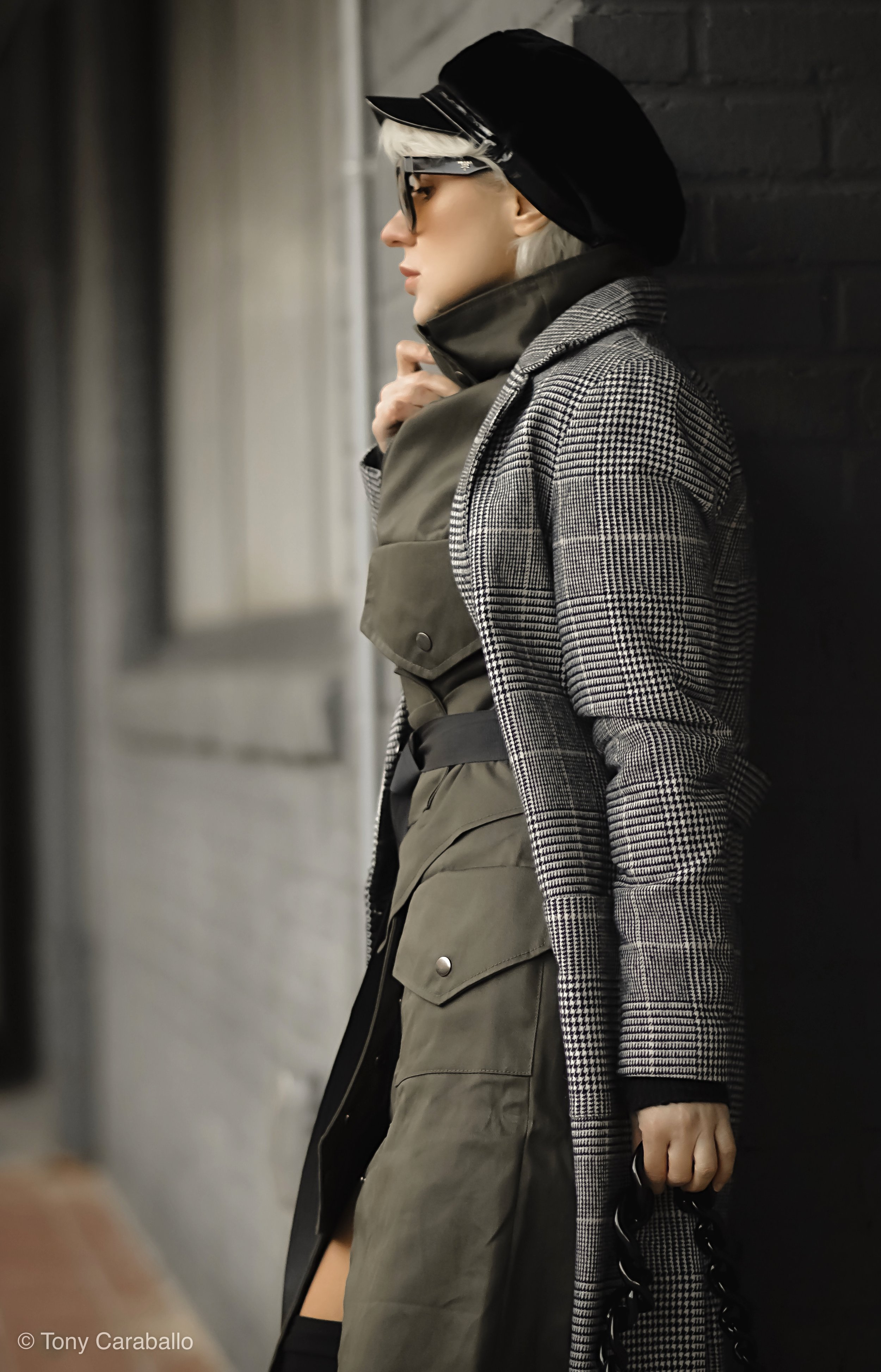 Clothia Womenson trench profile shot