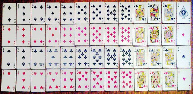 800px-set_of_playing_cards_52