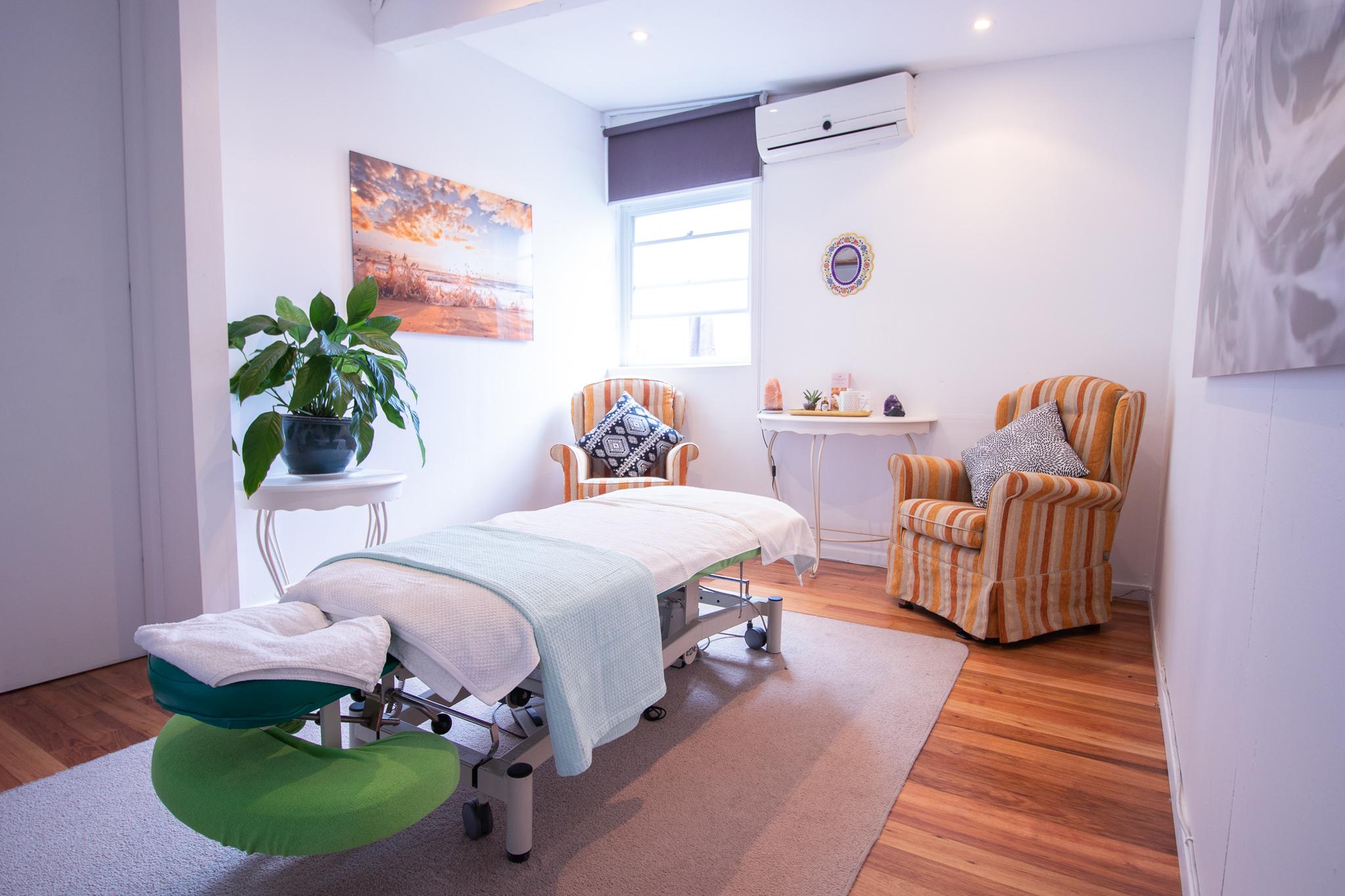 massage-treatment-room.jpg