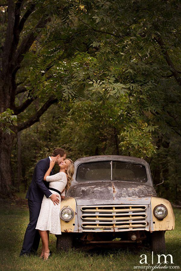 3a330a69439c23ea5739d1f447e76997--car-poses-prom-poses.jpg