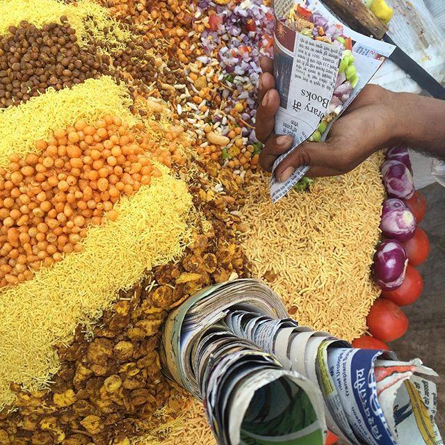 ... Jalmuri :: one of the many Indian street food treats, outside Amber Fort - Jaipur; Rajasthan.  Visual credit @rupasethi  #explorindya #indiatravel-design #indiafoodjournal #explorindya-nofilter #instafood #instatravel #iphoneonly #rajasthanfoodjournal #indiaforttrails #natgeoyourshot #travelfood-northIndia