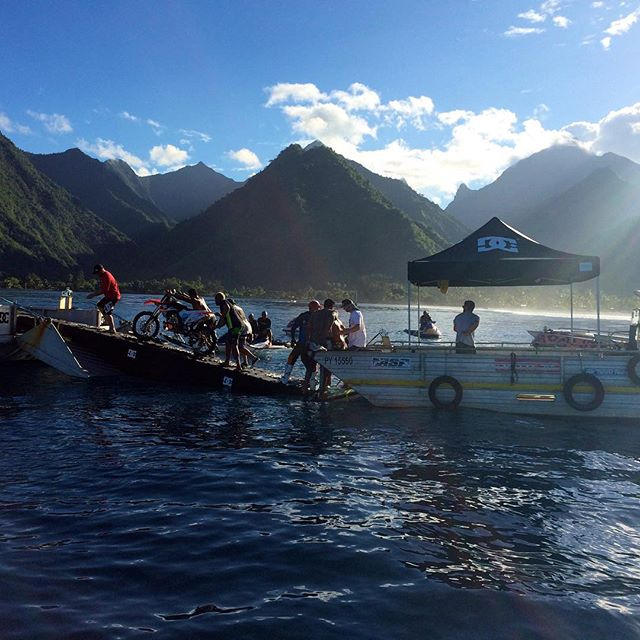 On Set barge to barge transfer of the Surf Bike in Tahiti. #dcpipedream #dcshoes @robbiemaddison #tahiti