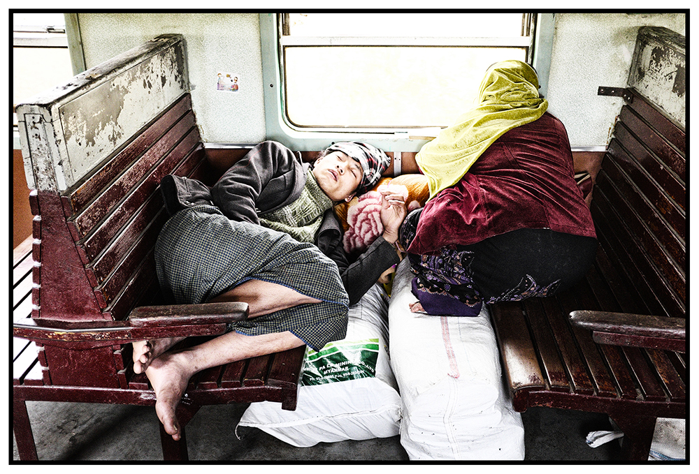 #en train 9. Myanmar. 2015