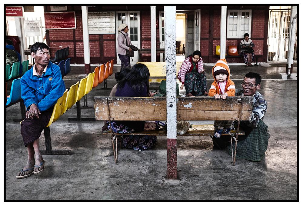 #en train 33. Myanmar. 2015