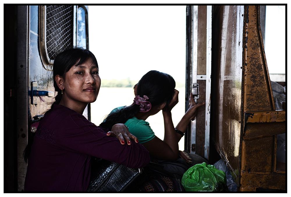 #en train 34. Myanmar. 2015