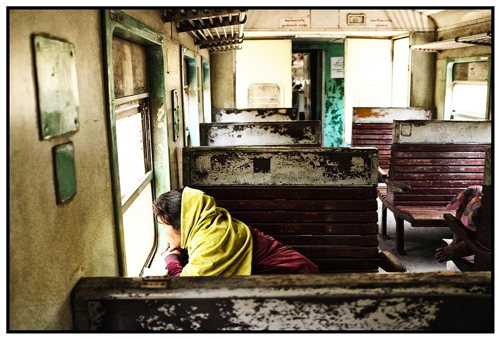#en train 35. Myanmar. 2015