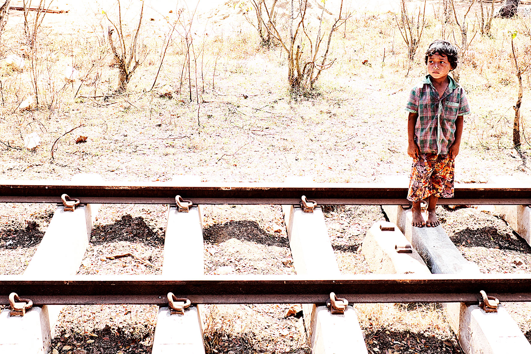 #en train 22. Myanmar. 2015