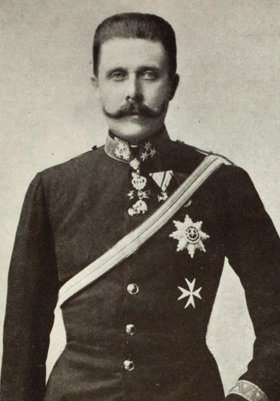 Archduke Franz Ferdinand, heir tothe Austrian Empire, was assassinated in Sarajevo,July 1914.