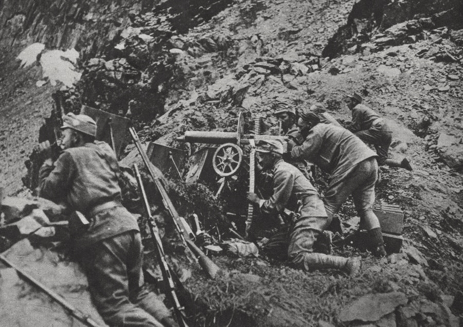 Austro-Hungarian machinegun team defending a mountain slope on the Italian front.