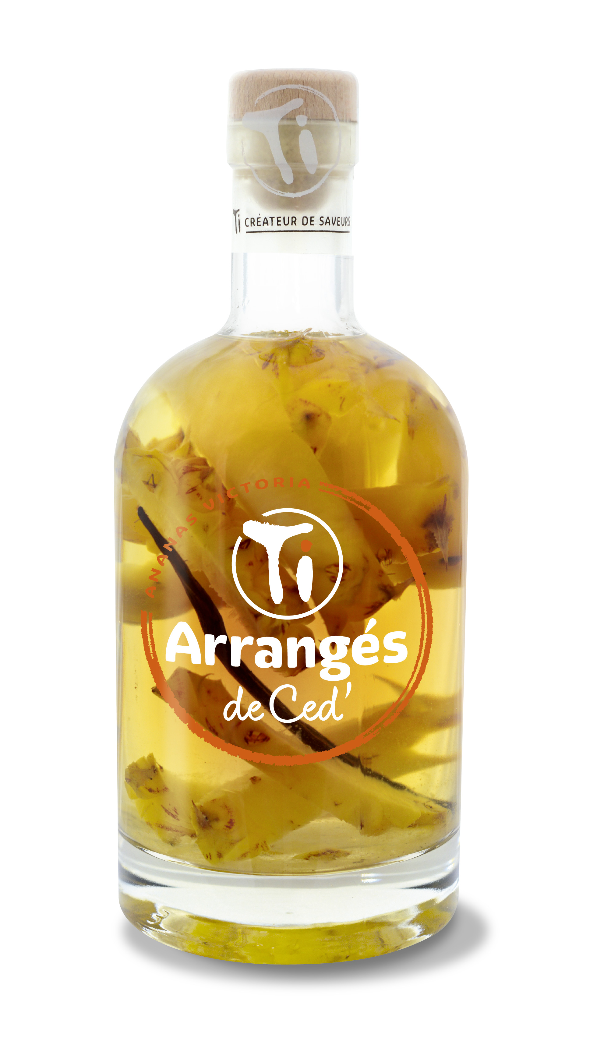 Ti Rum liqueur Victoria Pineapple.jpg