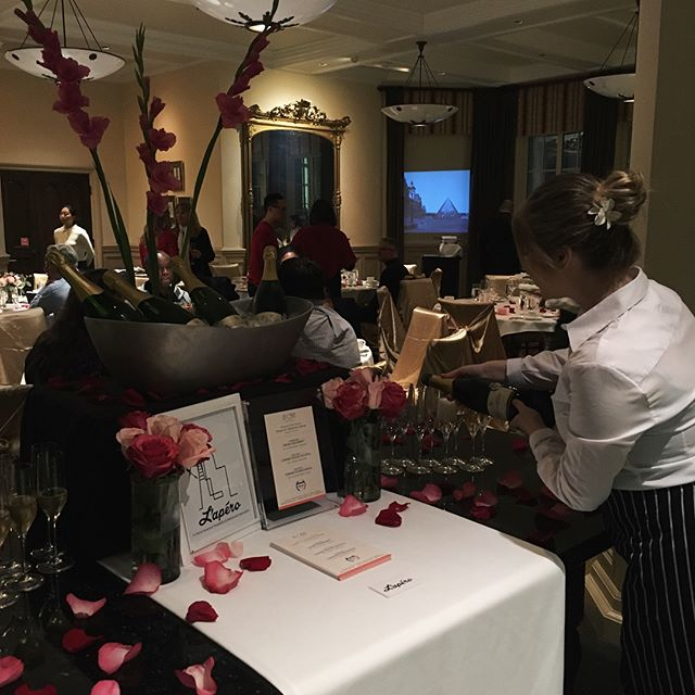 Beautifully orchestrated evening at Lone Mountain campus! The love in the air raised $2300 for the St. Ignatious meal shelter ❤️ Looking forward to hosting the in-home tasting winners Bill, Pam, + Nisha! 🥂 #drinkbetter