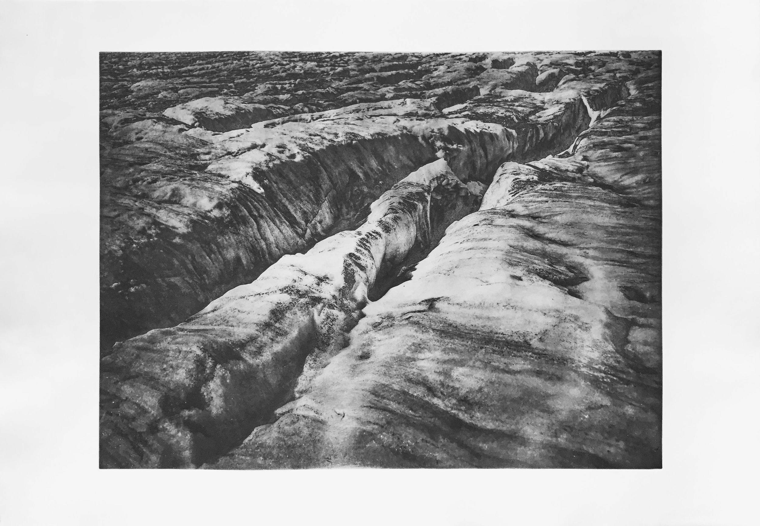 Grindelwald (2016)  medium: Heliogravüre  size: 100 x 70 cm  paper: Zerkall 270 g/qm  plate: 74 x 55 cm  edition: 9 copies  numbered: 1/7 - 7/7, 2 e.a.  printer: FWU
