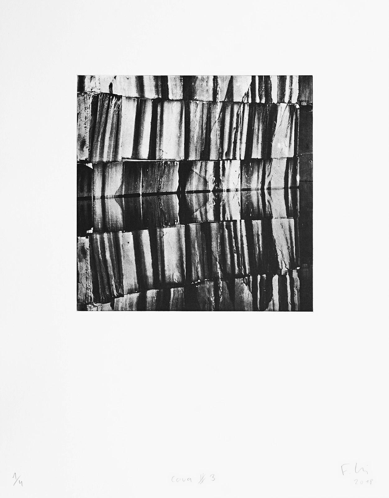 Cava #3 (2018)  medium: Photogravure  size: 36 x 46 cm  paper: Zerkall 270 g/qm  plate: 21.5 x 21.5 cm  edition: 7 copies  numbered: 1/4 - 4/4, 3 e.a.  printer: FWU