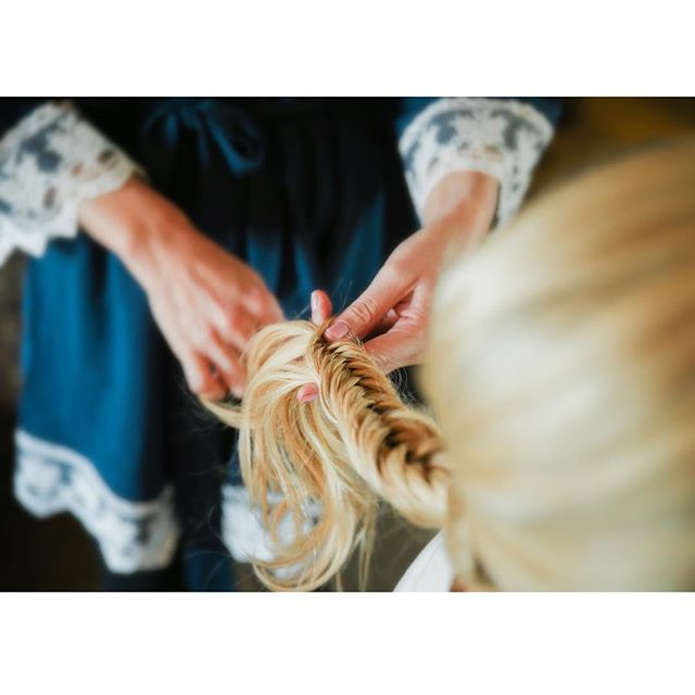 fishtail is my fave 😍👰🏼 #hairbybay