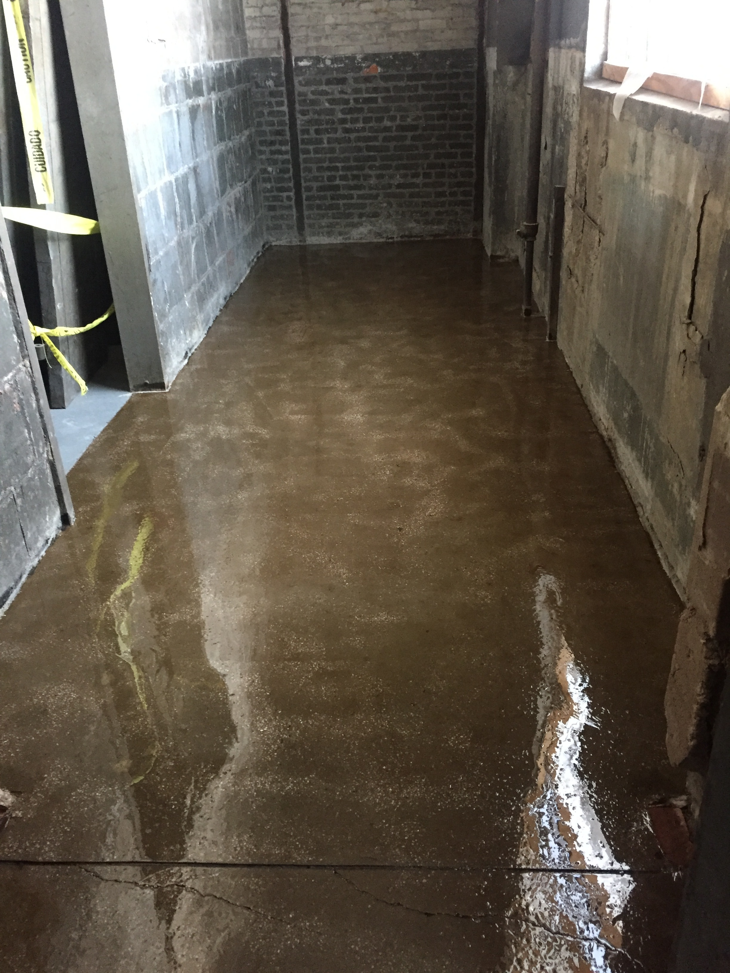 epoxy floor coating basement