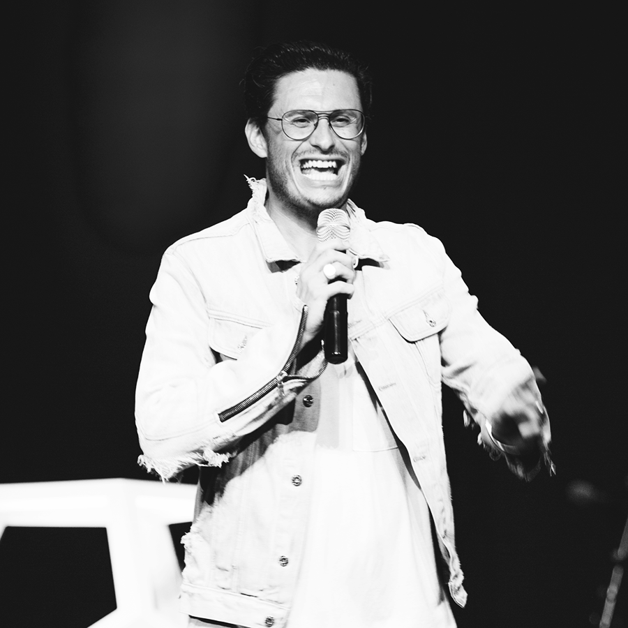 CHAD VEACH  Lead Pastor of Zoe Church in Los Angeles, California