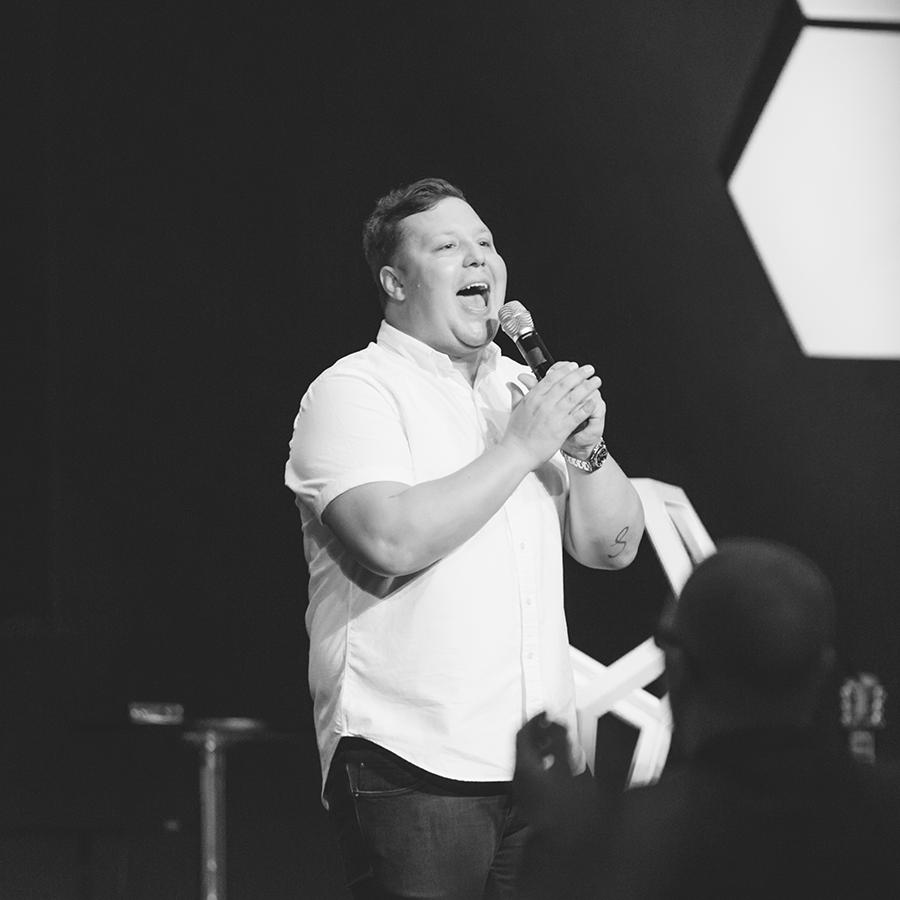 JABIN CHAVEZ  Worship Pastor, Free Chapel OC in California