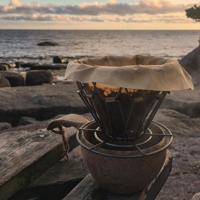 A good cup of coffee is a great way to end a day out in the nature.