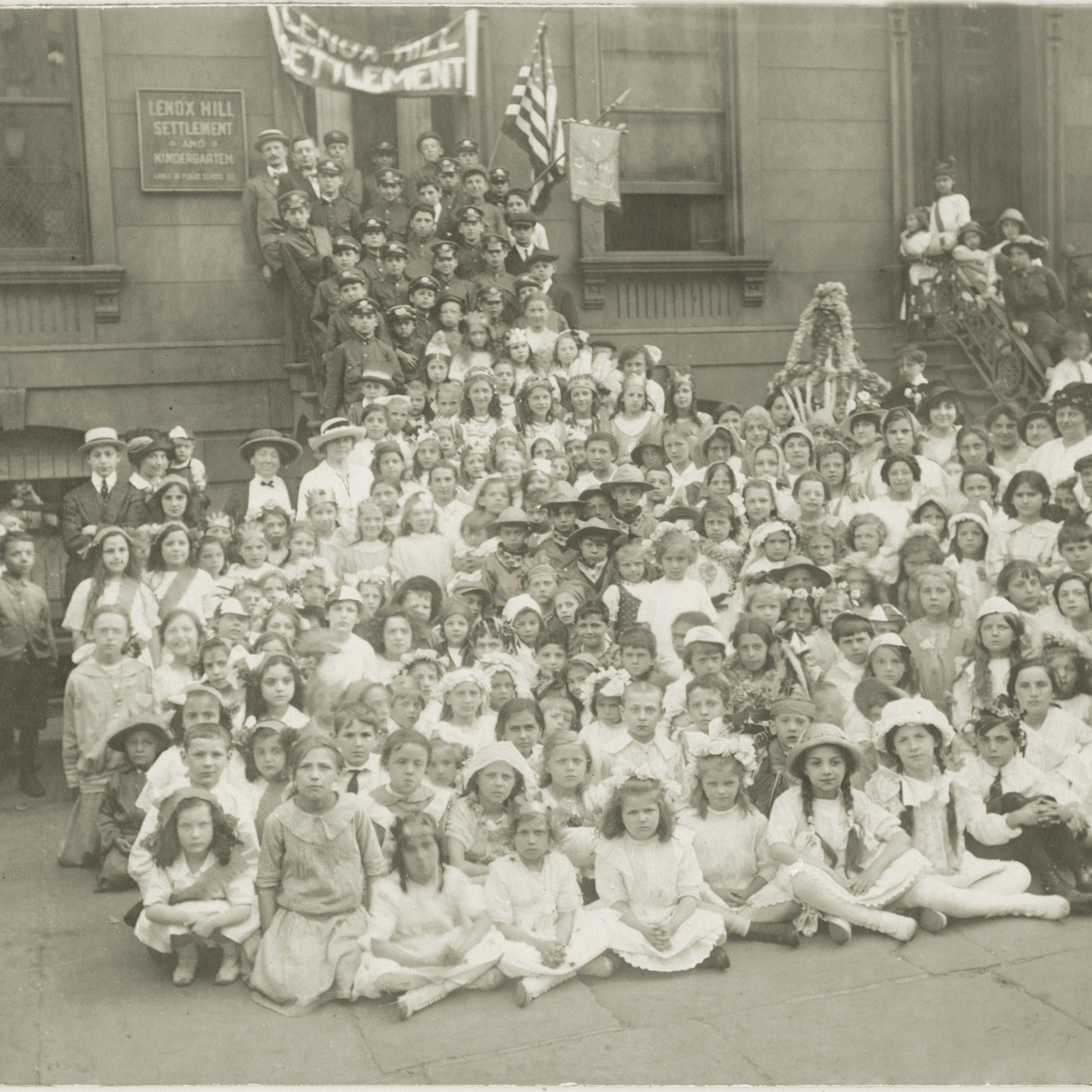 1894 - Kindergarten Front Steps - Caption 'Lenox Hill Settlement was Born'.jpg