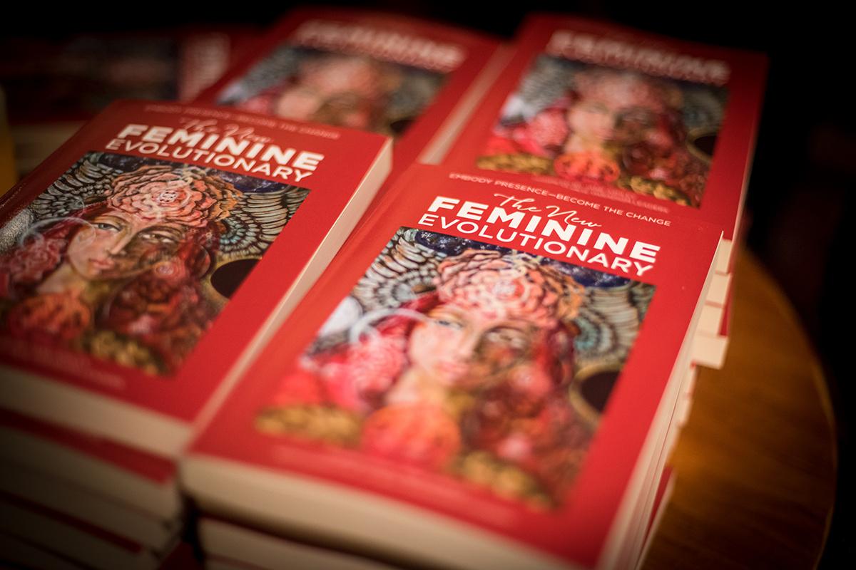 Feminine-8143.jpg