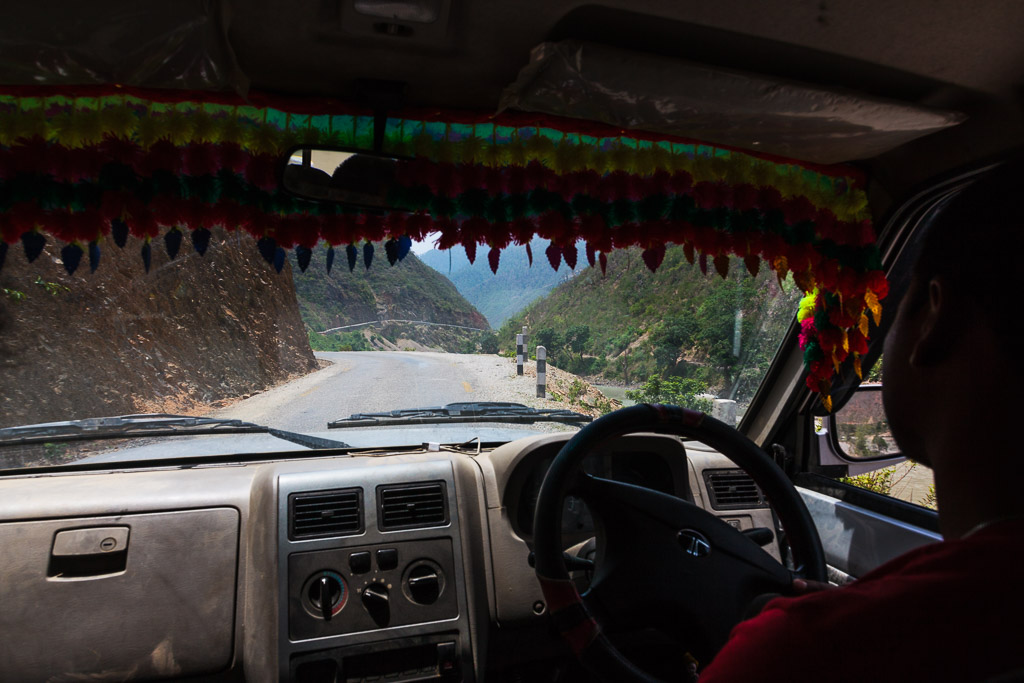 The highway home - tarmac at last and 4 more hours to Kathmandu.