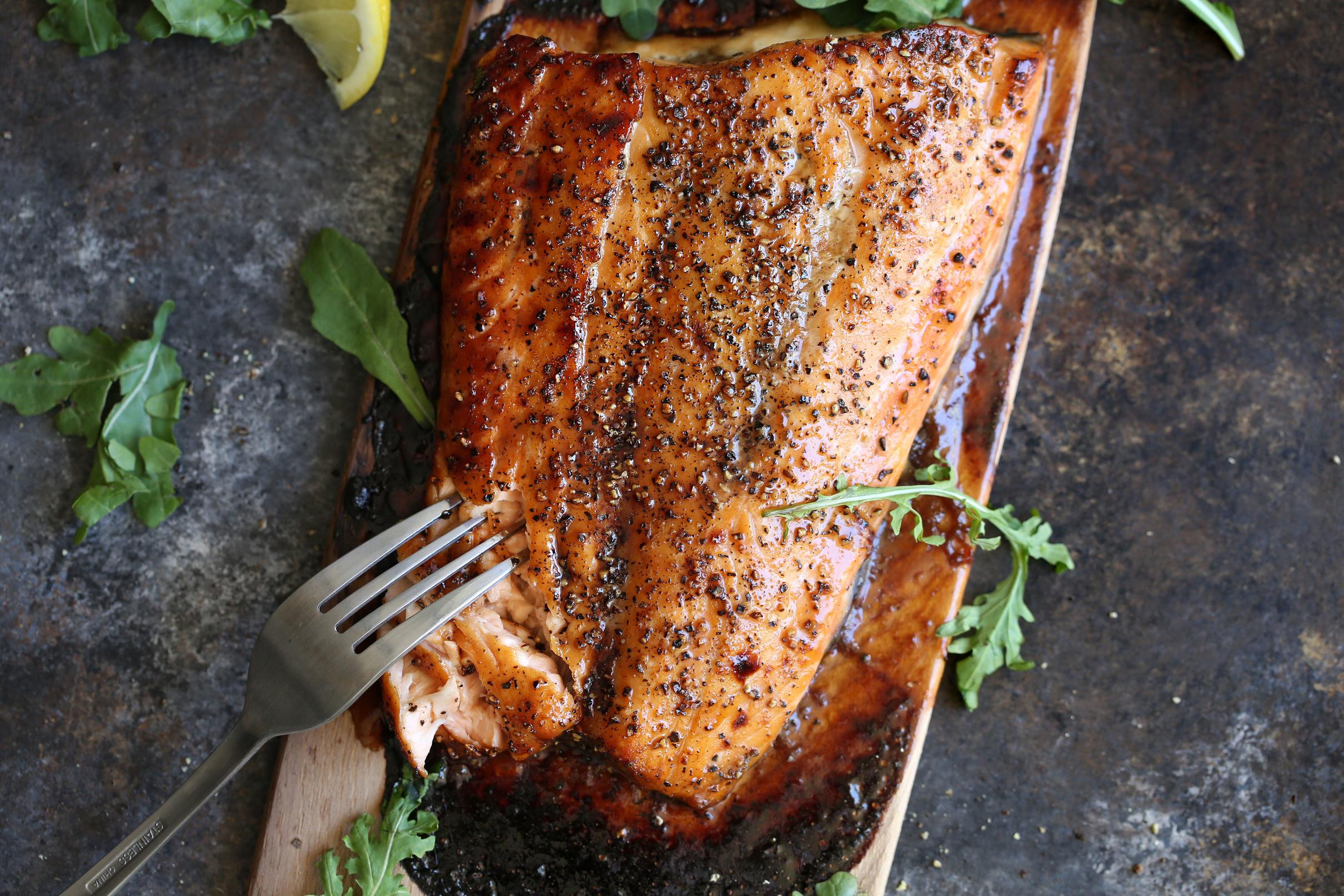 cedar plank salmon with brown sugar and black pepper