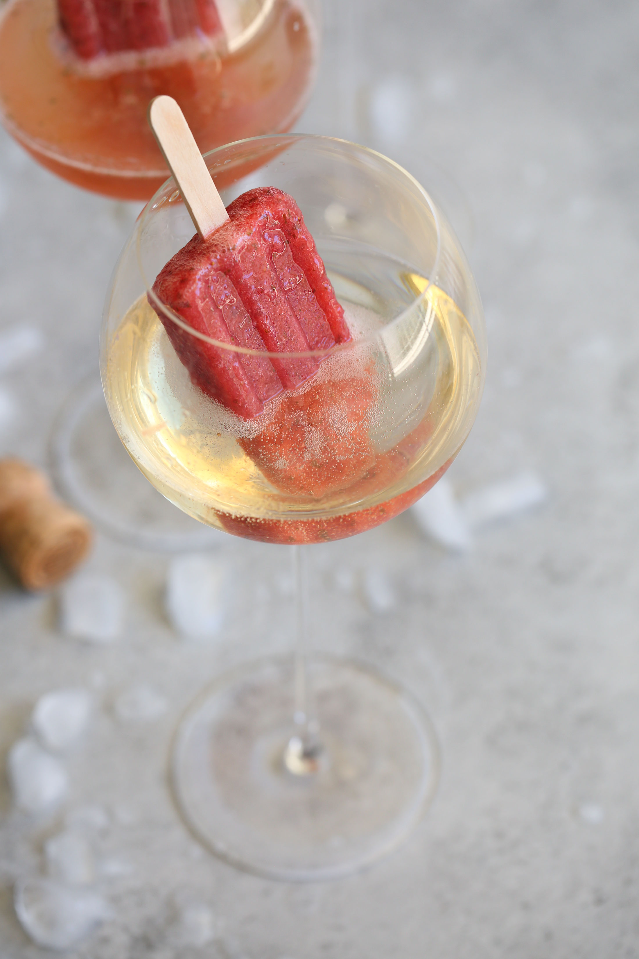 strawberry mojito boozy ice pop with champagne