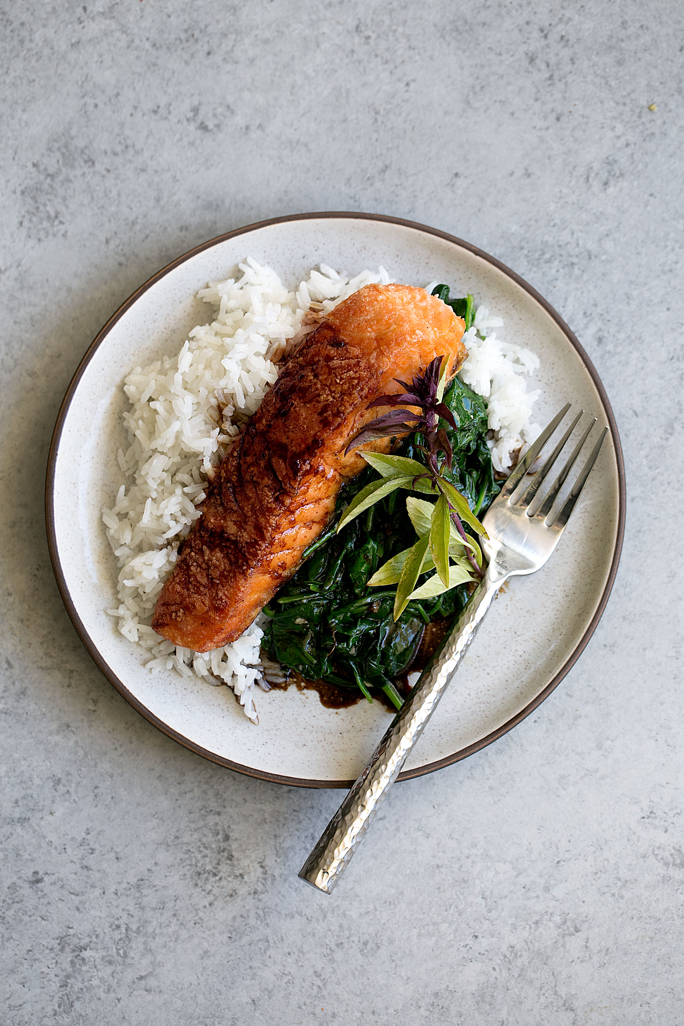 crispy salmon with soy tamarind