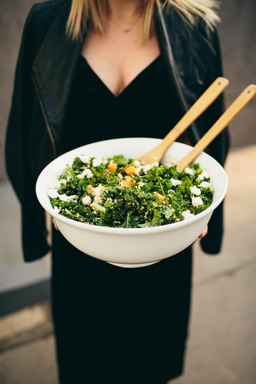 holding serving bowl create dinner