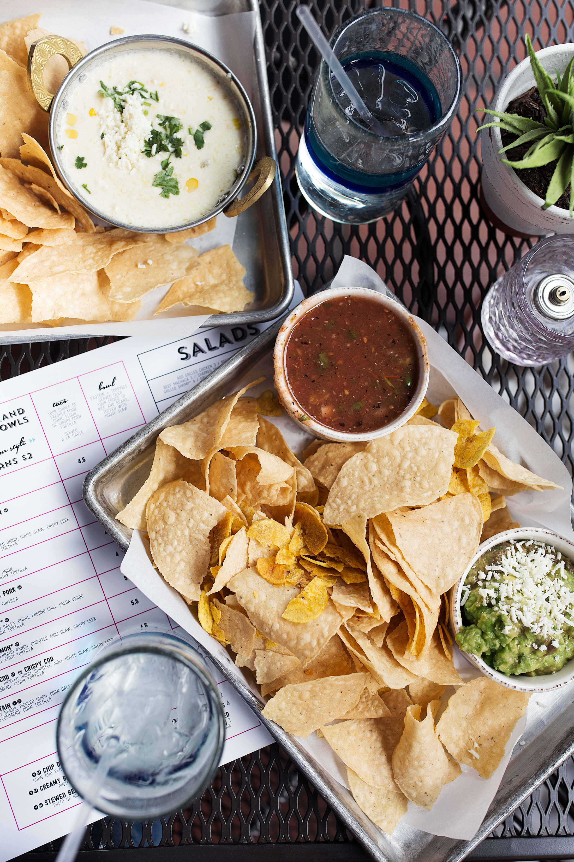 Diego-Pops-Tacos-Scottsdale-AZ-Chips-and-guac.jpg