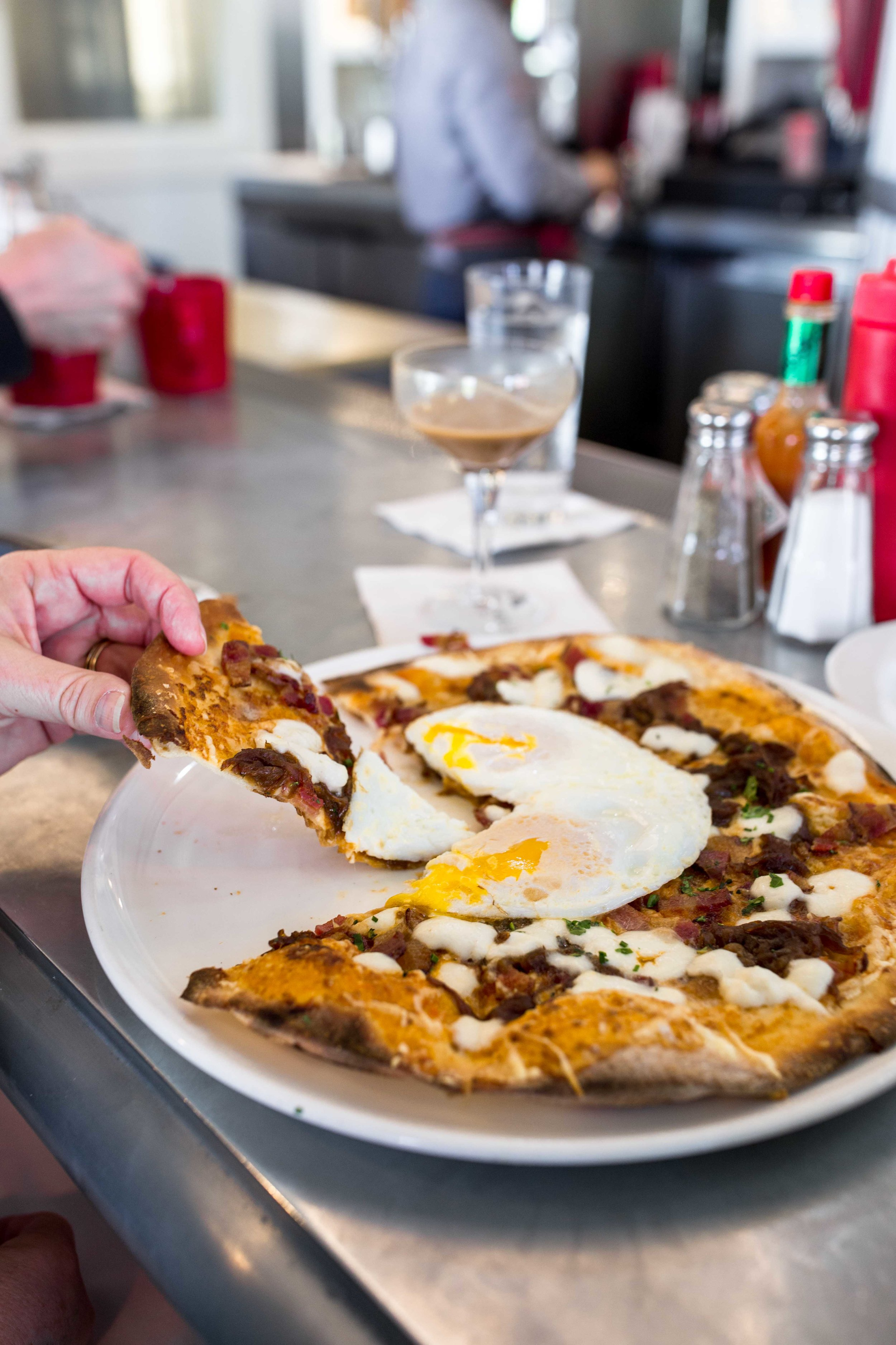 boon fly cafe breakfast pizza