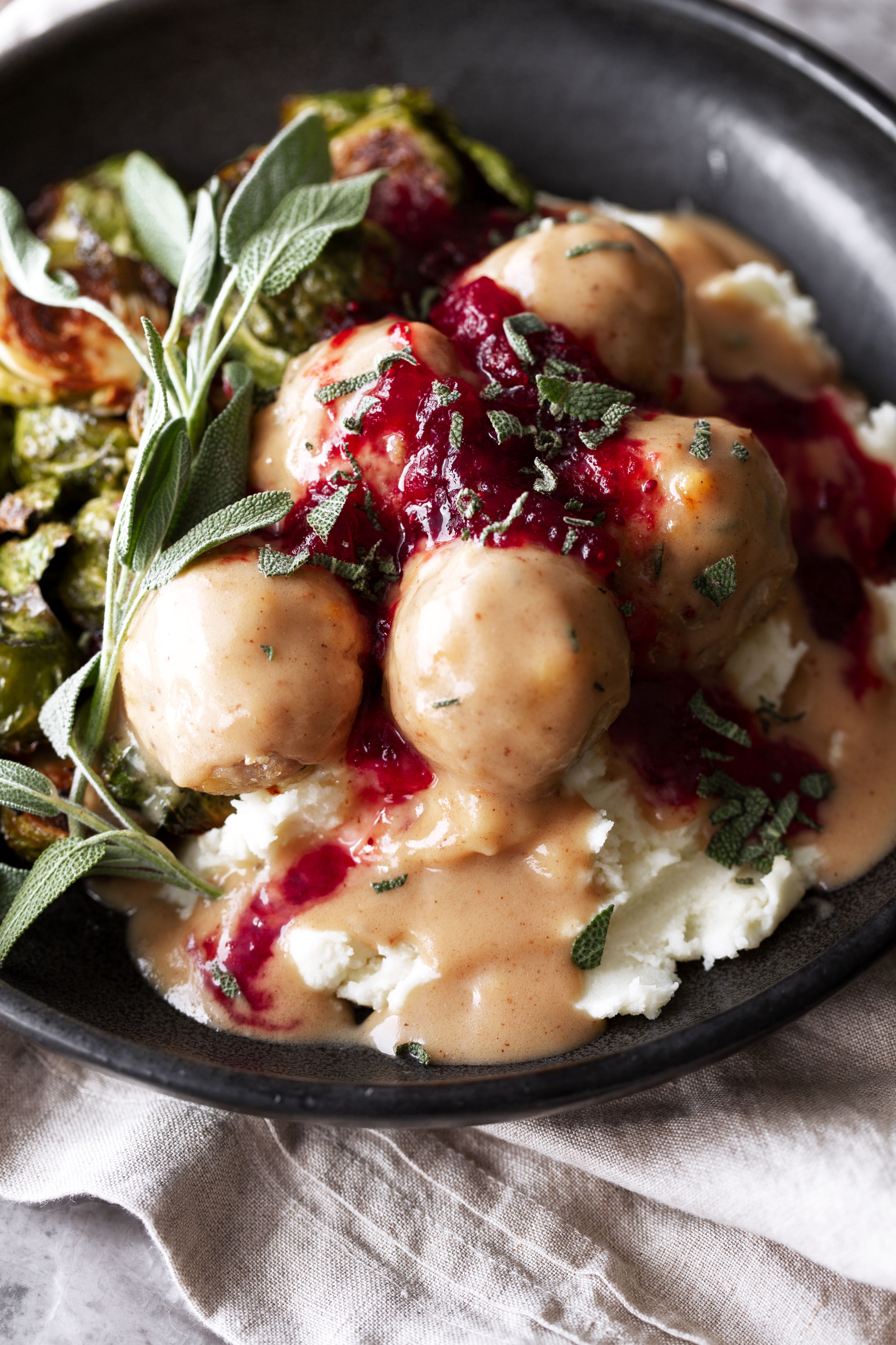 Thanksgiving Turkey Meatballs with Gravy & Red Wine Cranberry Saucefriendsgiving thanksgiving recipe cooking with cocktail rings