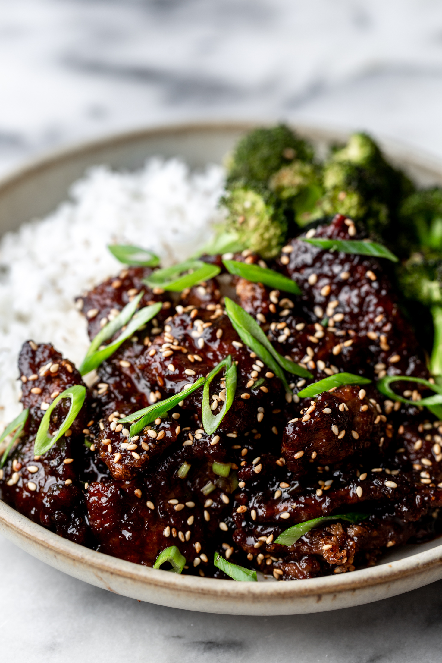 Mongolian beef and broccoli recipe from cooking with cocktail rings closeup