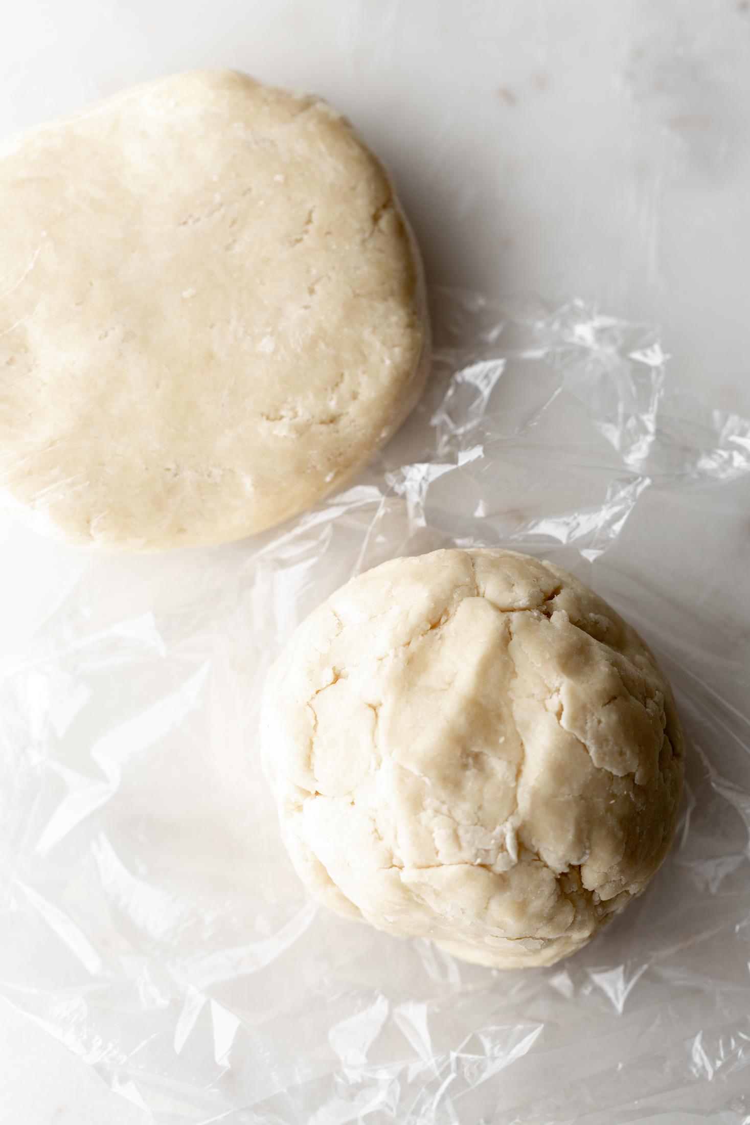 pie dough resting