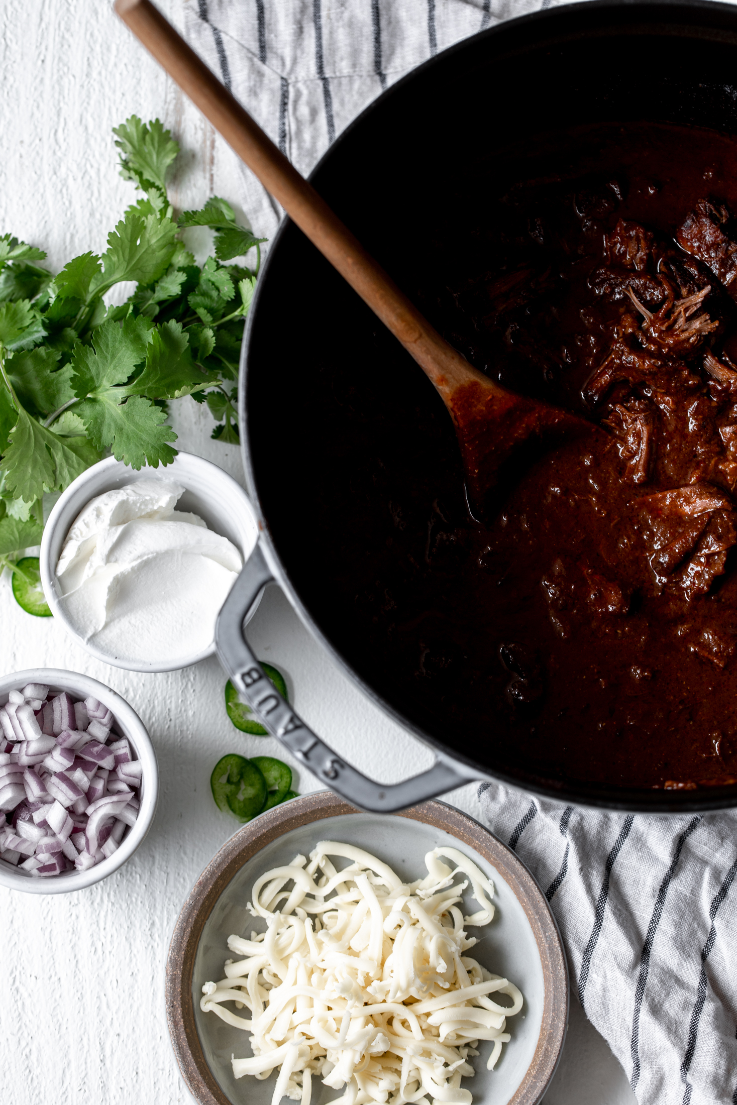 Texas-Style Beef Short Rib Chili, Two Ways dutch oven cooking with cocktail rings