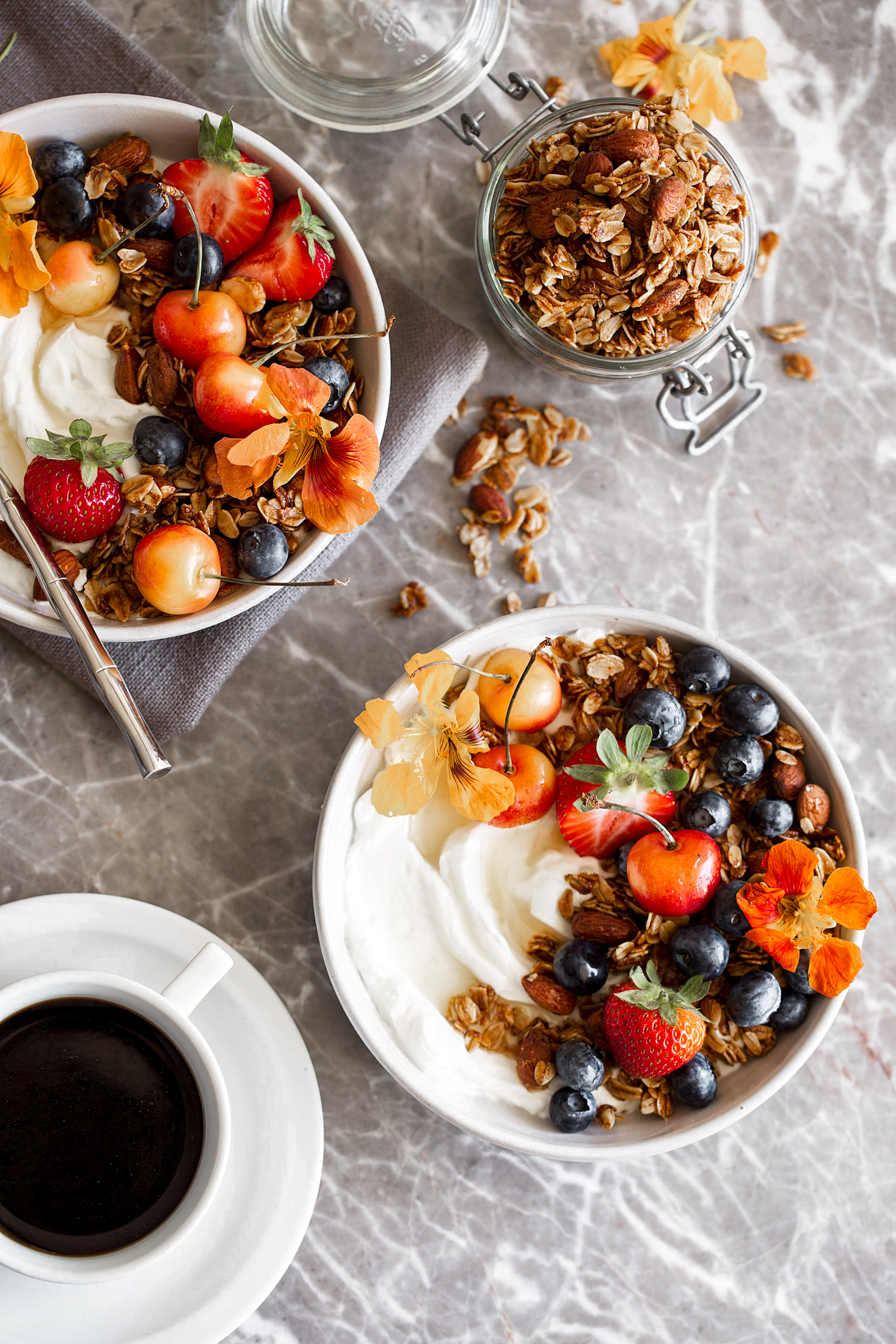 honey almond granola-5.jpg