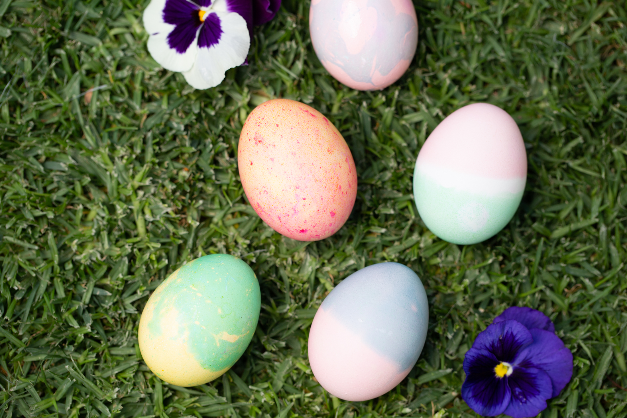How to Dye Easter Eggs arts and crafts