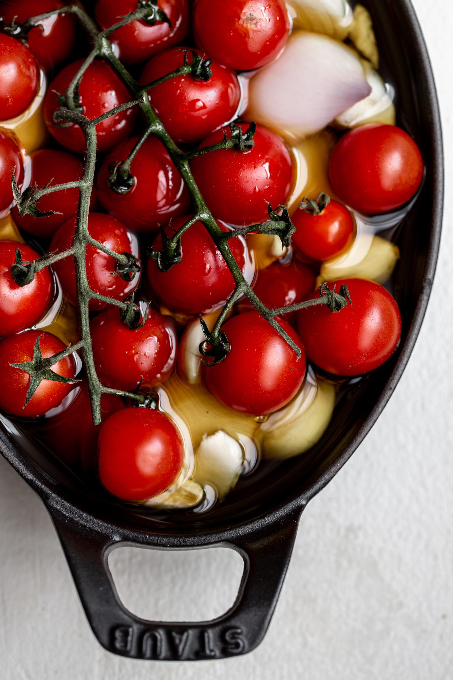 confit tomatoes closeup