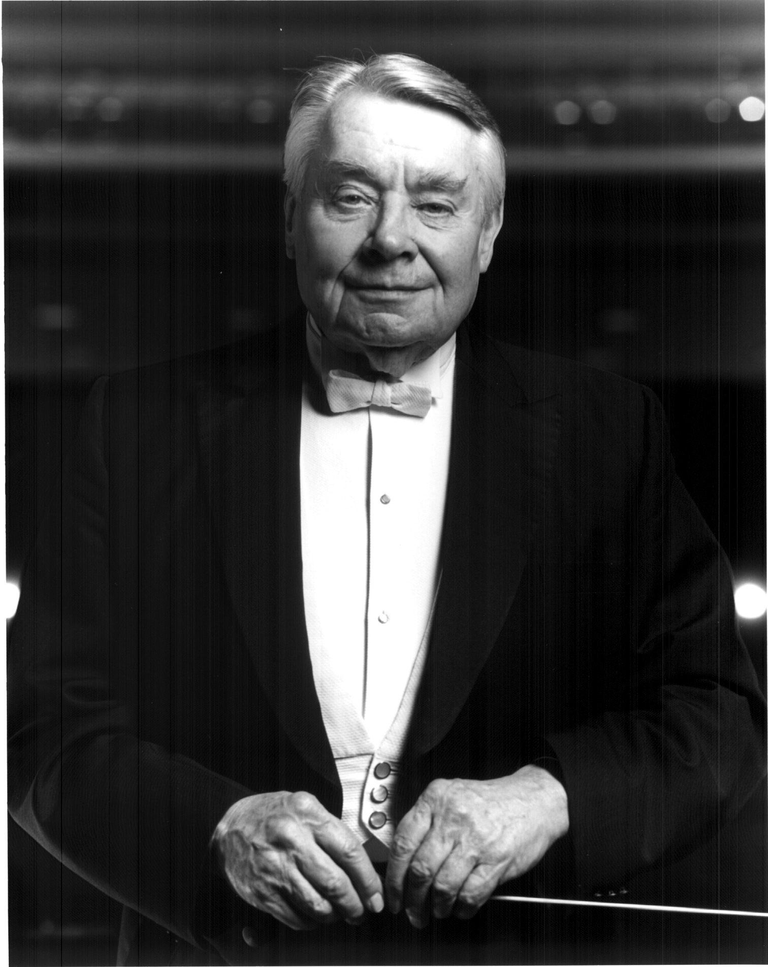 Robert-Shaw-Headshot-Courtesy-of-the-Atlanta-Symphony-Orchestra.jpg