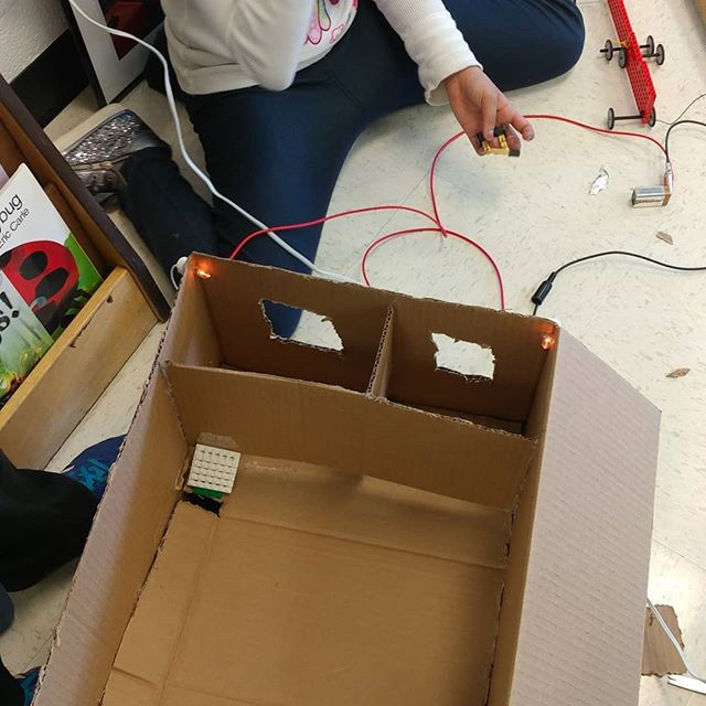 Young scientists and engineers putting design, engineering and electricity together. ⚡#STEMeducation #girlsinSTEM #STEMkids #livelearnshare #DCSTEMNETWORK