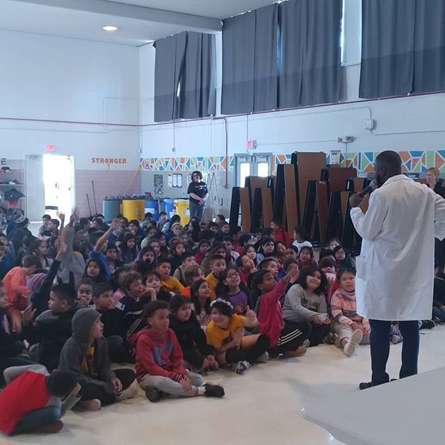 A very big thank you to Mr. Austin Jordan of @iss_casis. He taught the 3rd and 5th graders at @bancroftdc about how #astronauts live in #space. #CASIS #DCSTEMnetwork #livelearnshare #STEM4all #STEMkids