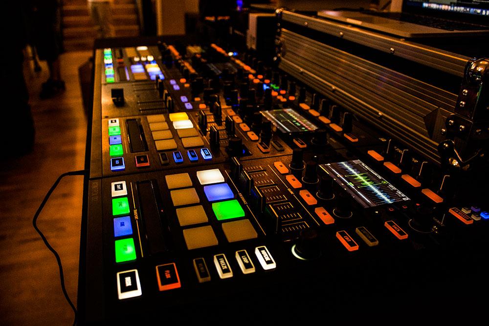 Stem ready Traktor Kontrol S8 & D2 hardware. NI Kontrol Room/Brighton Music Conference – 2015.