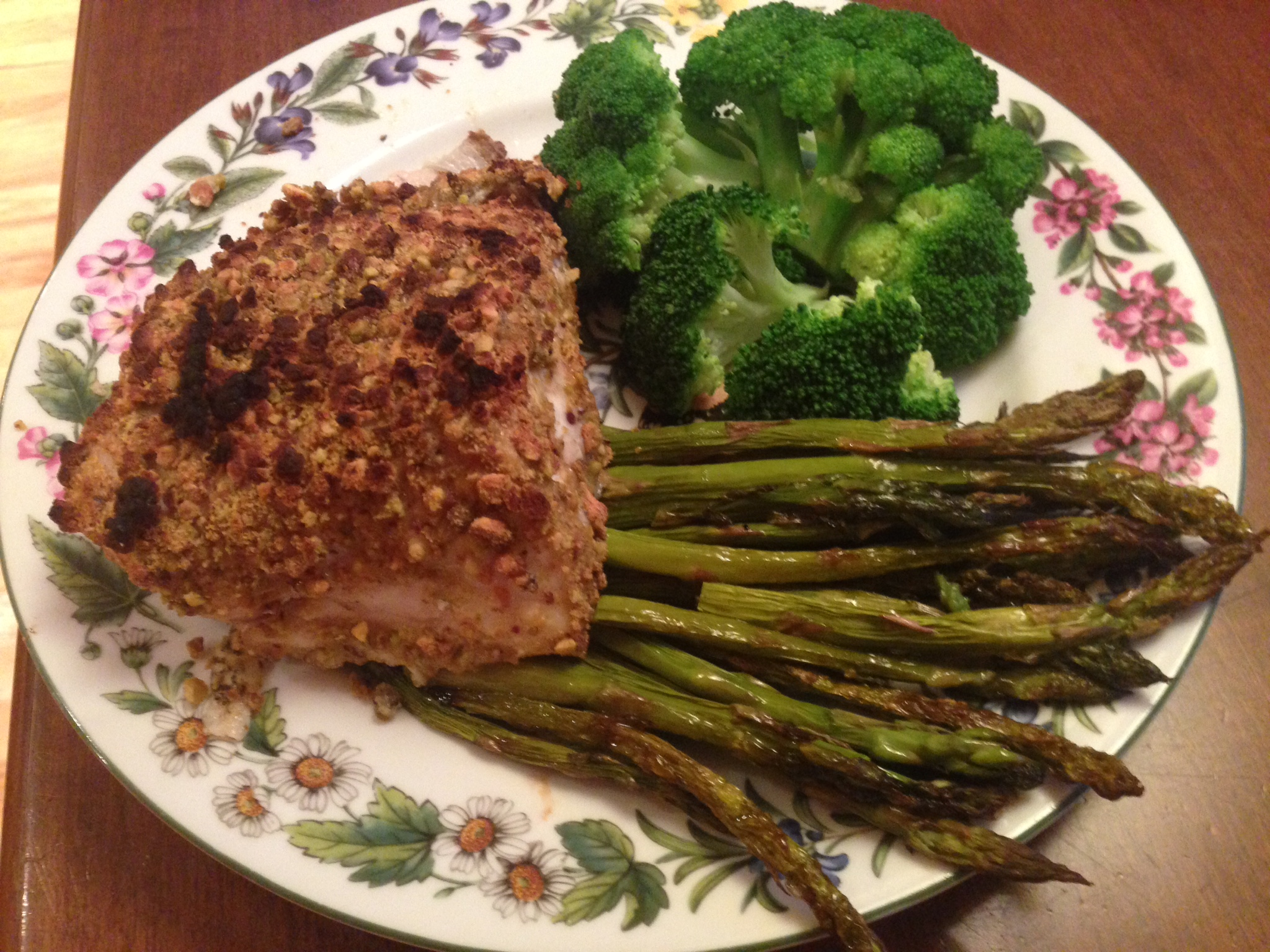 Pistachio Crusted Grouper with Roasted Asparagus and Steamed Broccoli