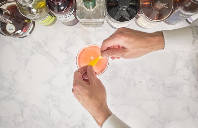 Does your G&T need some TLC? Join @libaciousknox on Thursday, May 30 as they dive into one of their favorite topics -- gin! Explore its colorful history (there are cats involved 😽), learn the difference between New Western and London Dry, and discover a whole world of fantastic gin cocktails you can make at home. Along the way, we'll discuss bartending tools and techniques, and you will get to make and enjoy your own drinks in class! Tickets are $35 for an individual for $60 for a pair and available at the link in our bio! • #thehiveknox #ilovelocalknoxville #scruffycity #iloveknoxville #knoxify #igknoxville #whatsupknox #865life #visitknoxville #new2knox #themakercity #knoxrocks #cheersknox #letusdrinkknox #knoxify #libaciousknox
