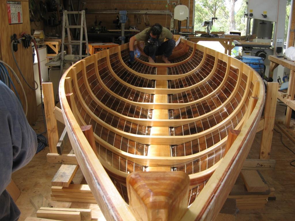 Source:http://www.denmanmarine.com.au/images/Restoration_and_repair/teal/fitting_frames.jpg